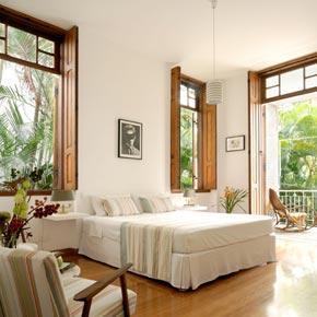 Découvrez Rio de Janeiro dans cette maison des années 20 au cœur du quartier de Santa Teresa.