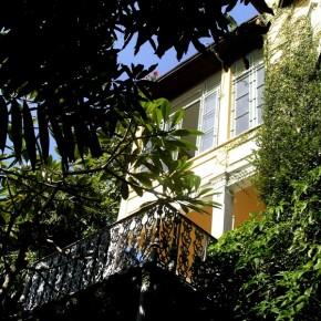 Profitez de la tranquilité de cette maison début 20e à proximité de Rio de Janeiro.