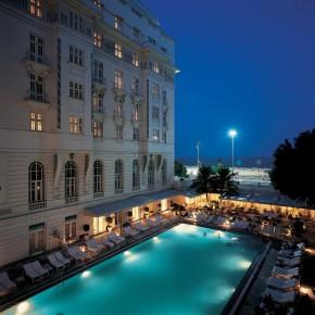 Cet hôtel d'inspiration francaise vous offre une vue splendide de Copabana.