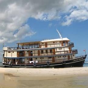 Une des meilleure manière de découvrir l'Amazonie lors d'un séjour au Brésil est une croisière sur l'Amazone.