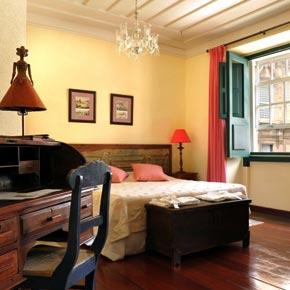 Elue  meilleur hôtel du Brésil par tripAdvisor en 2012, la villa bahia se situe sur la place principale du quartier historique du Pelhourino.